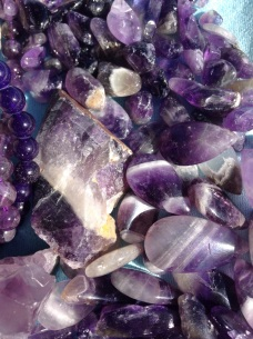 purple-petal-jewellery-geology-amethyst-gem-799184-pxhere.com